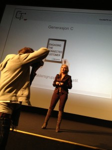 Se meg, i foredrag om #SoMe  (Foto: H.P. Nygård-Hansen)